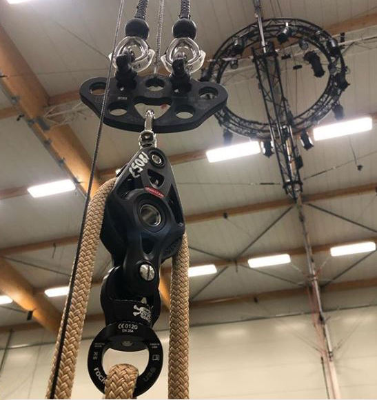 Ropes for circus rigging - Photo: Noe Robert